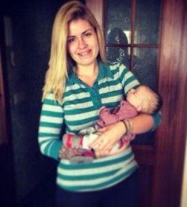 Marina GH 16 con su bebé
