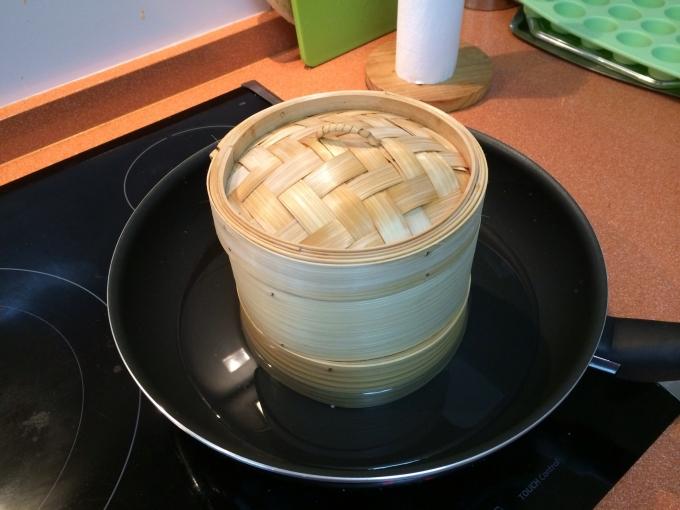 como cocinar con una vaporera de bambu