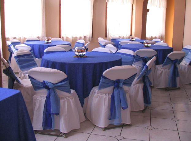 mesas y sillas para fiestas nupciales